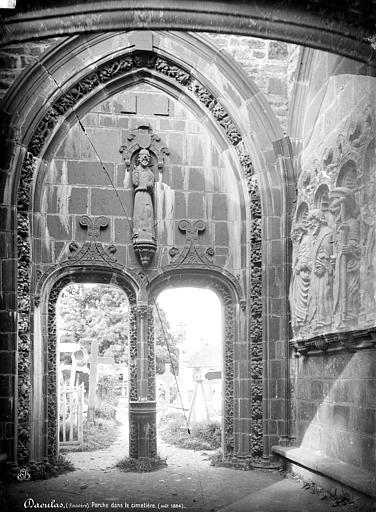 photo pour Cimetière, près de l'église et de la chapelle Sainte-Anne