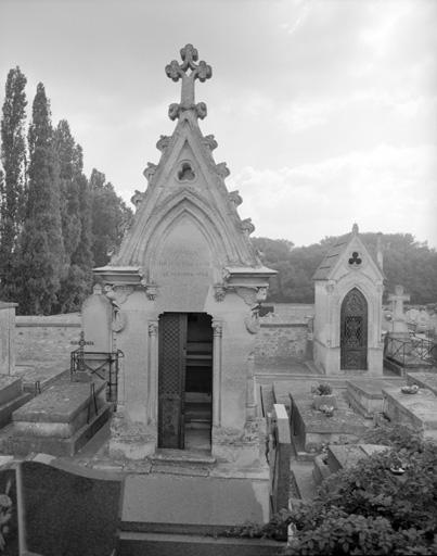 photo pour chapelle funéraire de la famille Réaux-For-Jonel