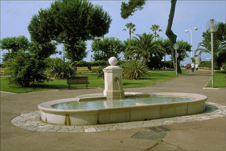 photo pour abreuvoir, fontaine