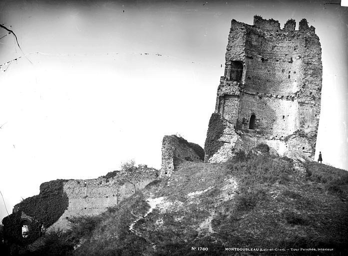 photo pour Ruines du château