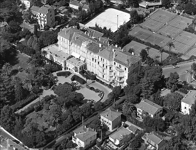 photo pour hôtel de voyageurs dit Hôtel Beauséjour, actuellement Palais Beauséjour