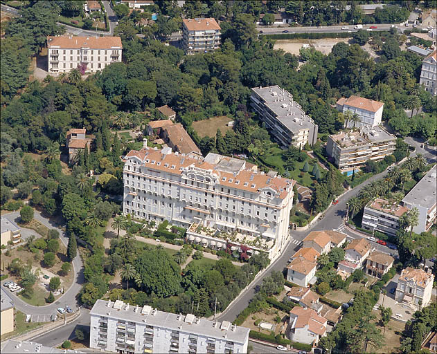 photo pour hôtel de voyageurs dit Hôtel de Provence, actuellement immeuble dit Palais de Provence