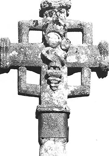 photo pour Croix de Cimetière à la sortie du village