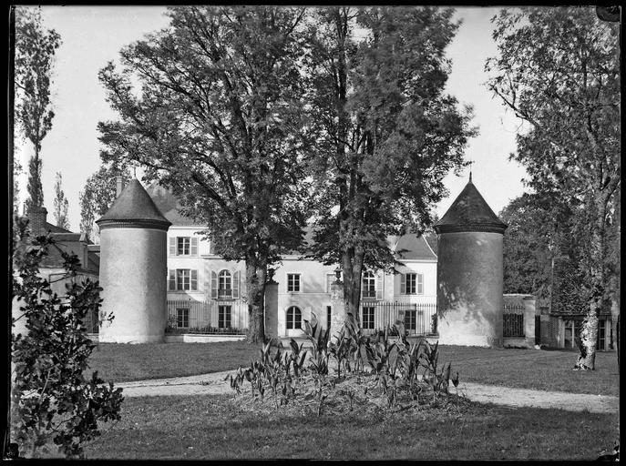 photo pour Château  lieu dit la Renardière