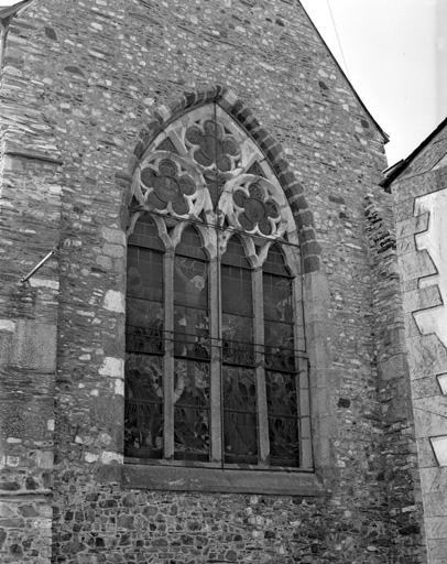 photo pour église paroissiale Saint-Pierre, Saint-Paul